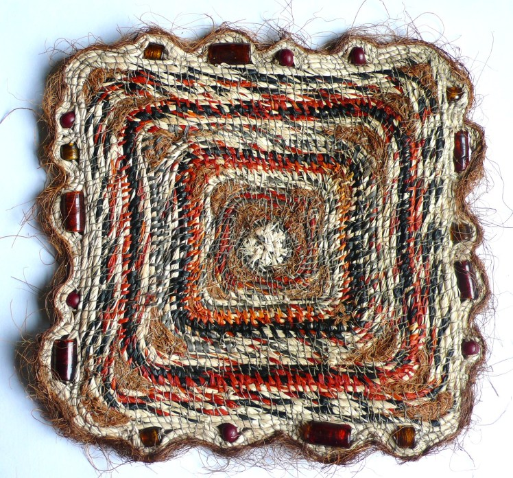 5 GOLDRING Stitched Square 2014