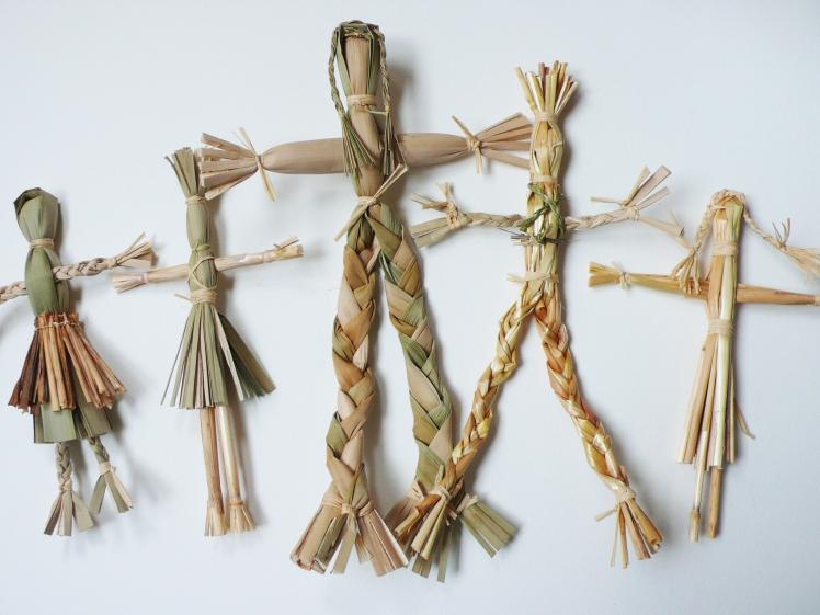Straw Dolls